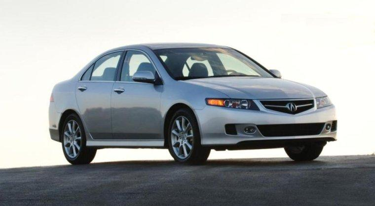 Front Right 2007 Acura TSX Car Picture
