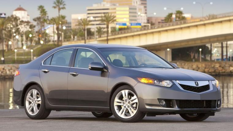 Front Right 2010 Acura TSX Car Picture