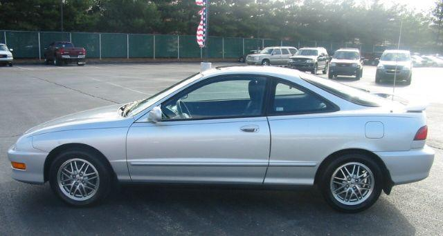 2000 Acura Integra Car Picture
