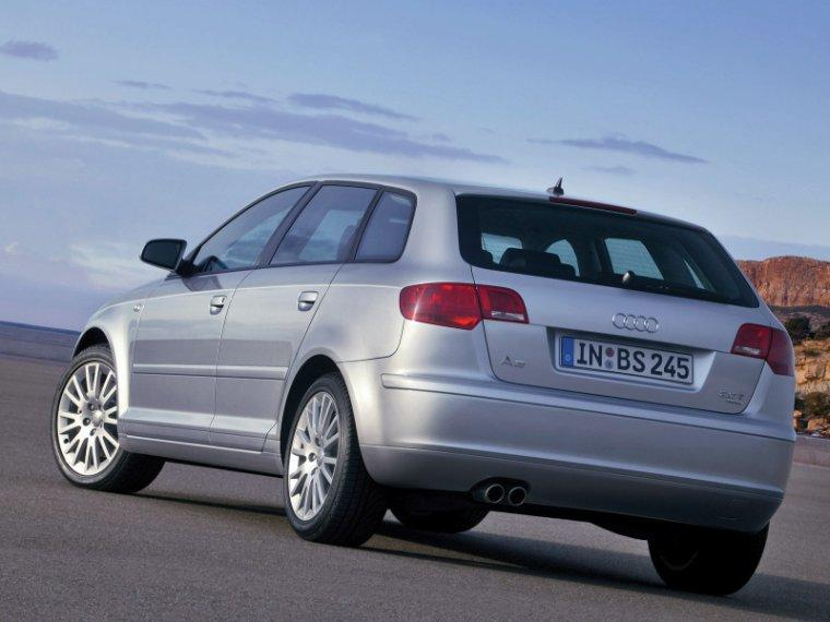 2005 audi a3 sportback rear left photo old and new car pics. Black Bedroom Furniture Sets. Home Design Ideas