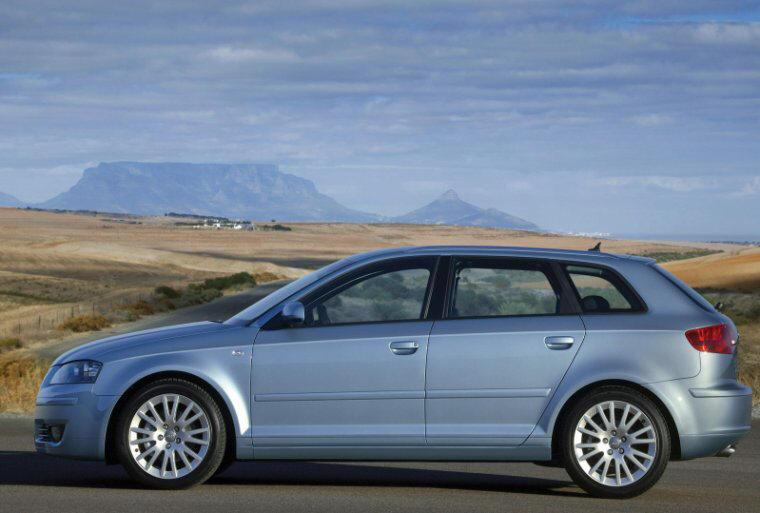 left side 2005 audi a3 sportback car photo classy car pics. Black Bedroom Furniture Sets. Home Design Ideas