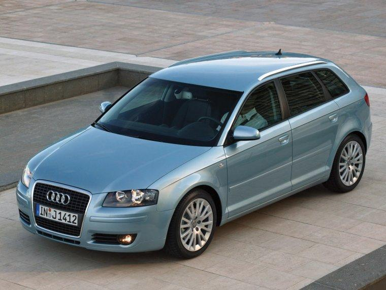 Top View 2005 Audi A3 Sportback CUV Picture