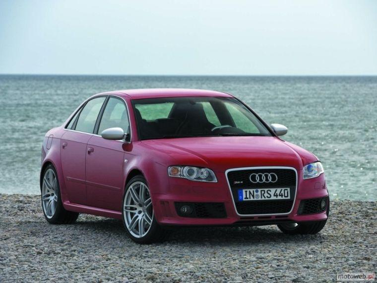 2006 audi rs4 right front red car picture old and new. Black Bedroom Furniture Sets. Home Design Ideas