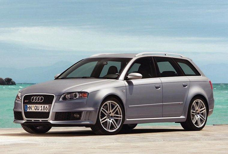 2007 Audi RS4 Avant Car Picture
