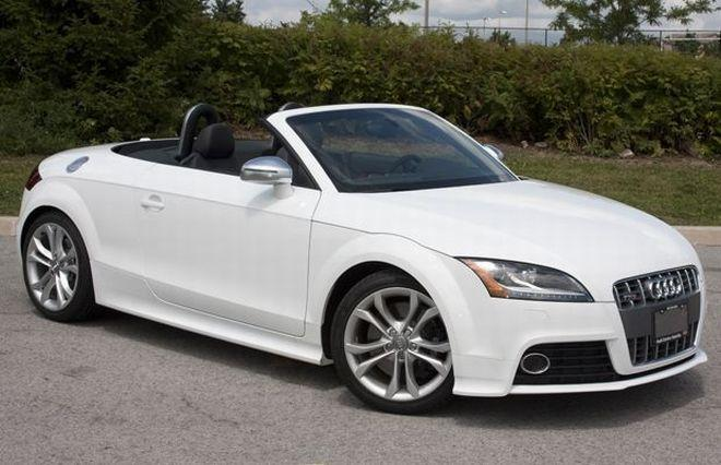 dramatic white 2010 audi tts roadster convertible car picture. Black Bedroom Furniture Sets. Home Design Ideas