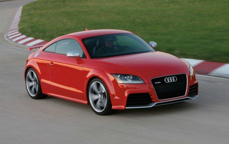 Front Right 2012 Audi TT-RS Car Picture