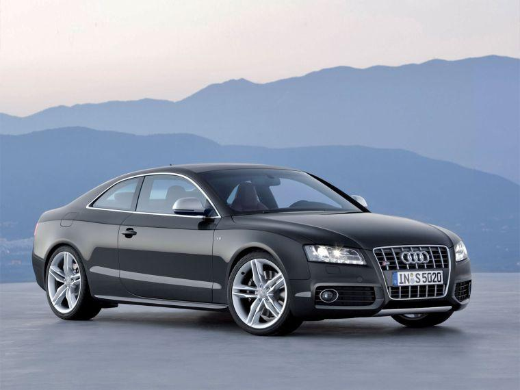Right front 2008 Audi S5 Car Picture