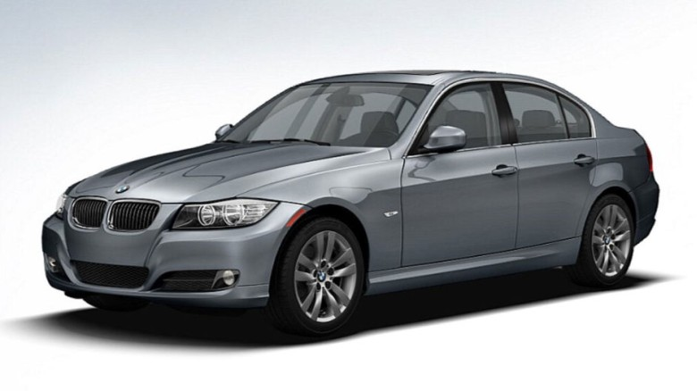 Front left 2011 BMW 3 Series Car Picture
