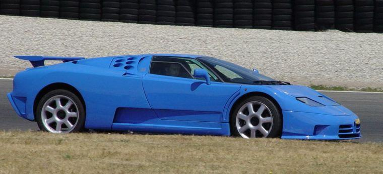 Right Side Blue 1993 Bugatti EB110 SS Car Picture