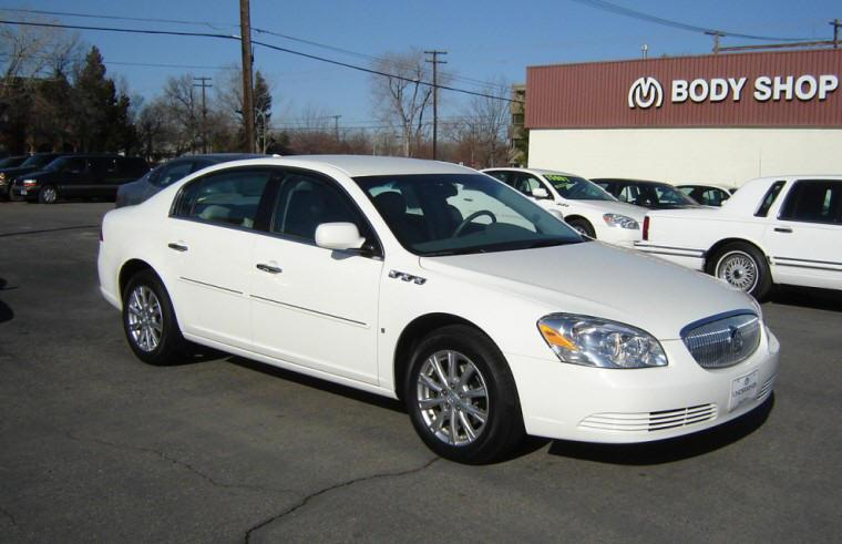 Front Right 2009 Buick Lucerne Car Picture