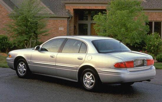 Rear left Silver 2001 Buick LeSabre Car Picture