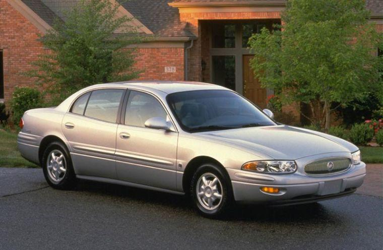 Front Right Silver 2001 Buick LeSabre Sedan Car Picture