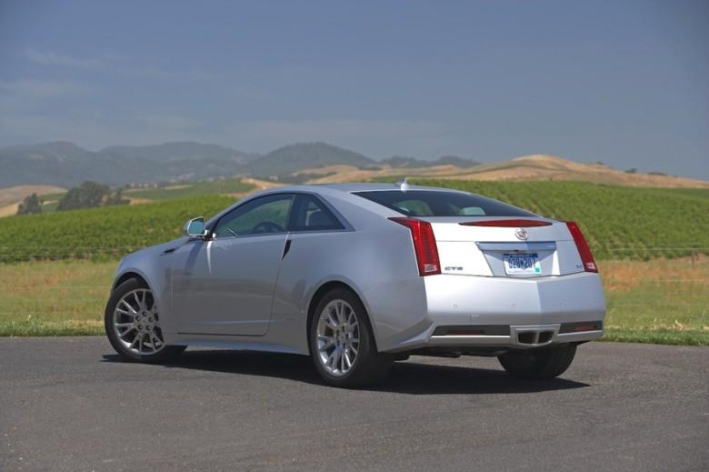 Rear Left 2011 Cadillac CTS Car Picture