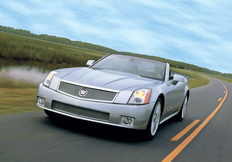 2007 Cadillac XLR-V Car Picture
