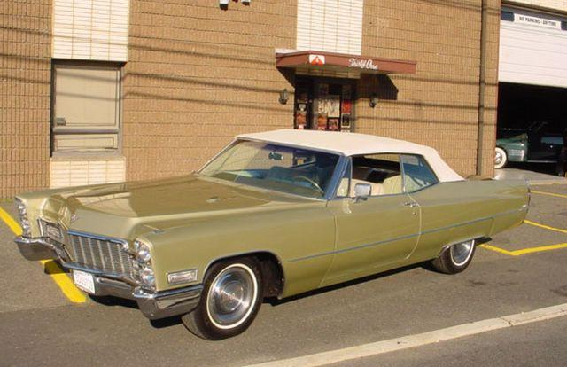 Front Left 1968 Cadillac DeVille Car Picture