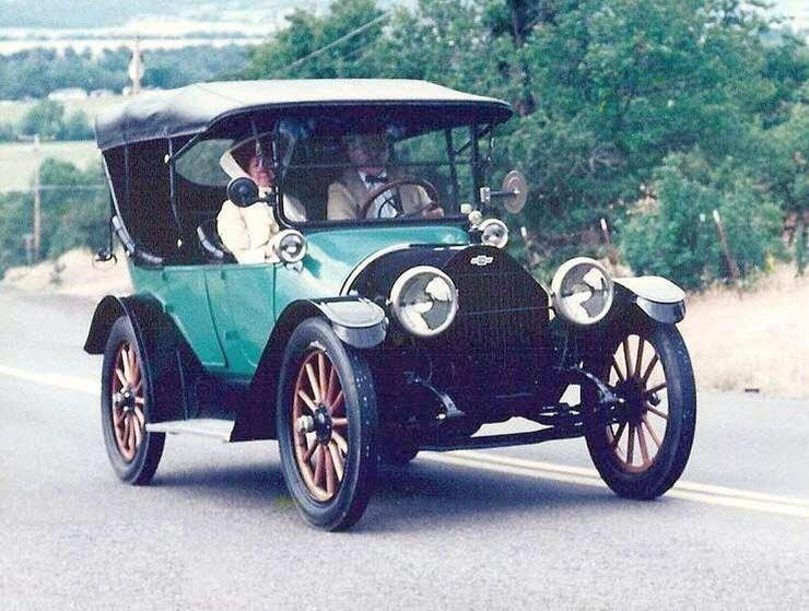 Front Right 1913 Chevrolet Baby Grand Car Picture