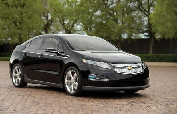 Front Right 2011 Chevrolet Volt Car Picture