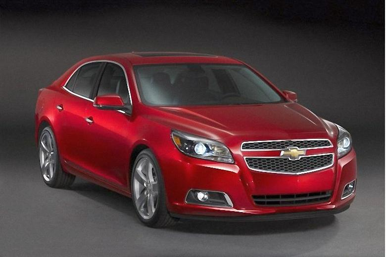 Front Right Red 2013 Chevrolet Malibu Car Picture