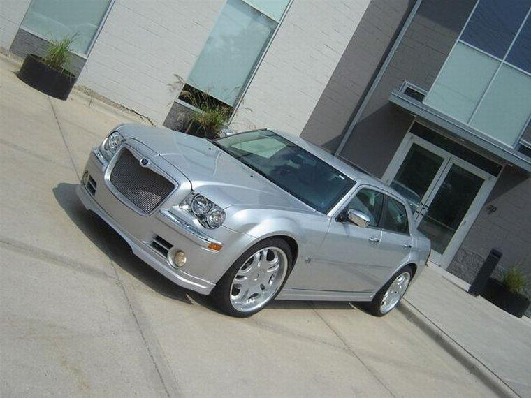 2005 Chrysler 300C Tommy Z Design Car Picture