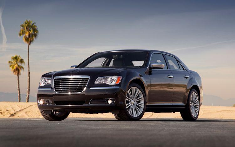 Front Left 2011 Chrysler 300 Car Picture