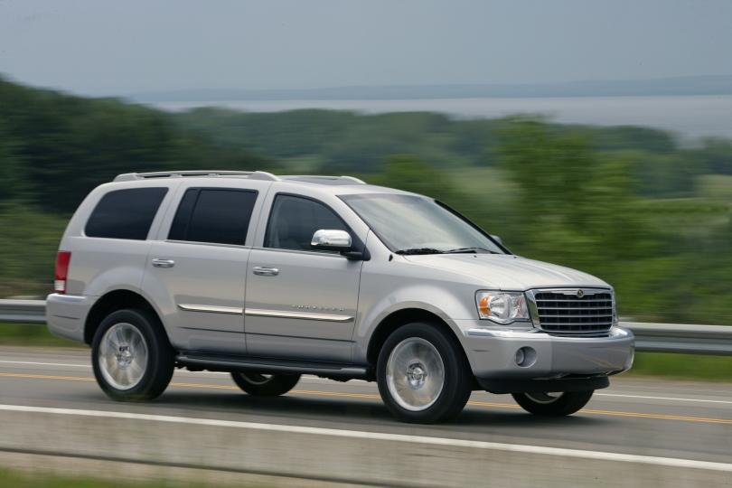 2007 Chrysler Aspen SUV Picture