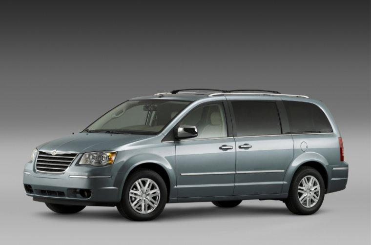 2008 Chrysler Town and Country Minivan Picture