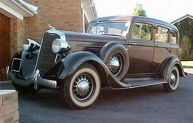 Front Left 1934 Dodge Deluxe Sedan Car Picture