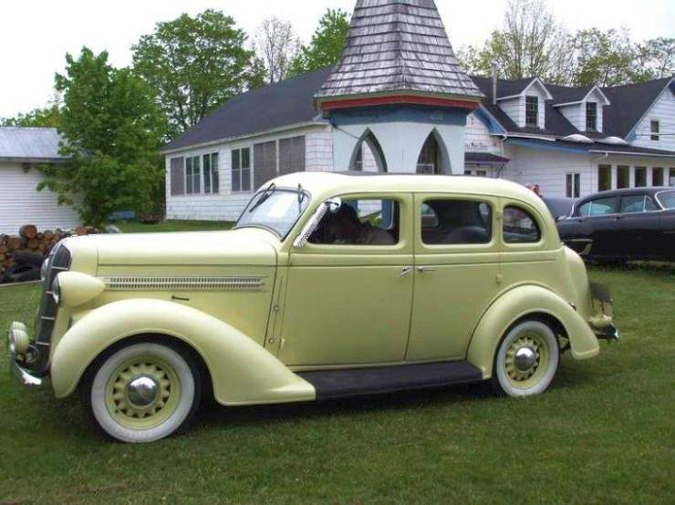 Left Side 1936 Dodge Sedan Car Picture