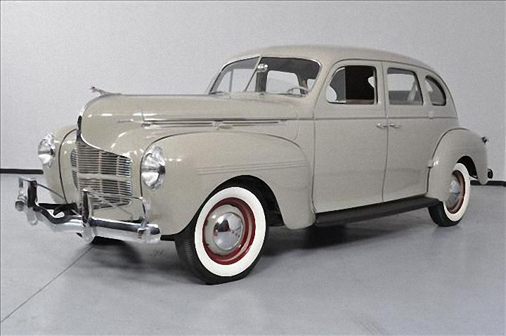 Front Left 1940 Dodge Deluxe Car Picture