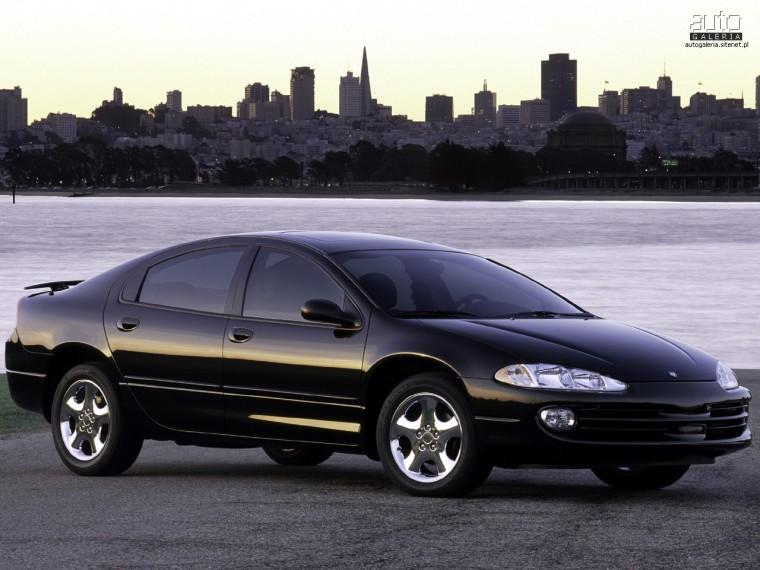 Front Right 2003 Dodge Intrepid Car Picture