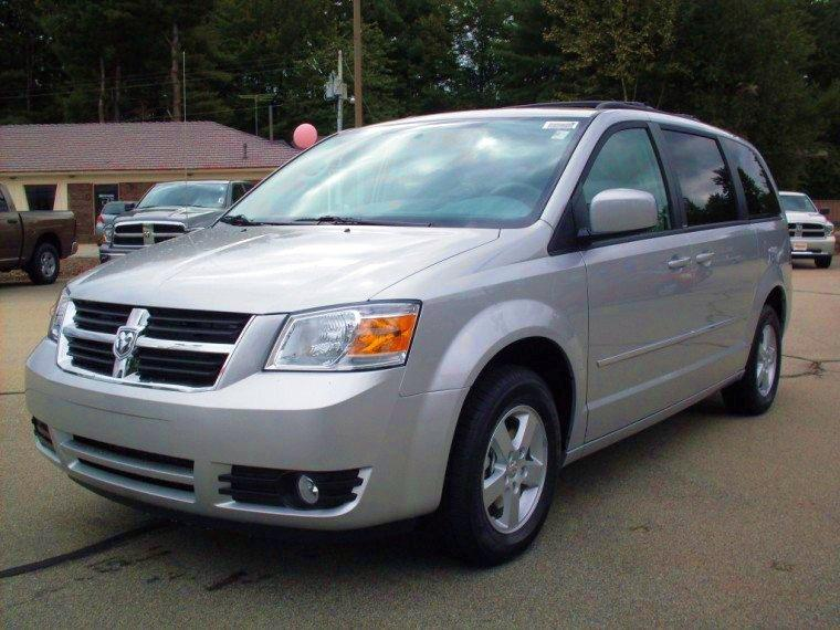 2010 Dodge Grand Caravan Minivan Picture