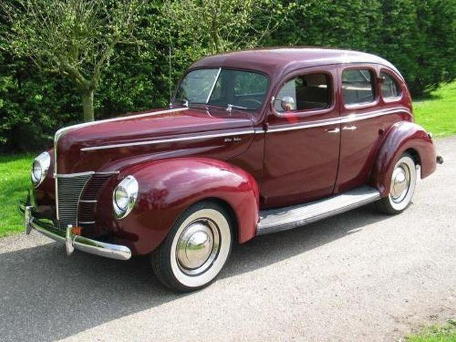 Front Left Maroon 1940 Ford Deluxe Car Picture