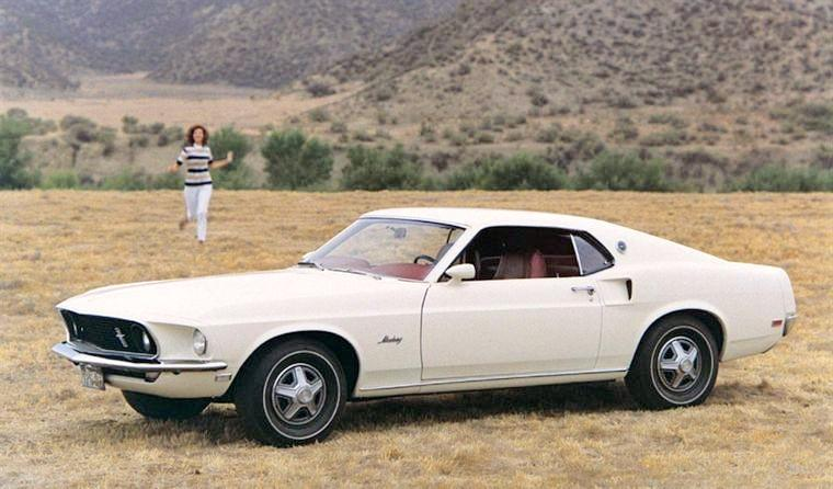 Front left White 1969 Ford Mustang Fastback Car Picture