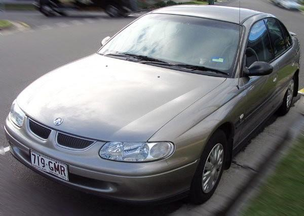 2000 Holden Commodore VT Car Picture