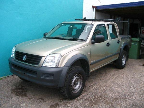 2003 Holden Rodeo Truck Picture