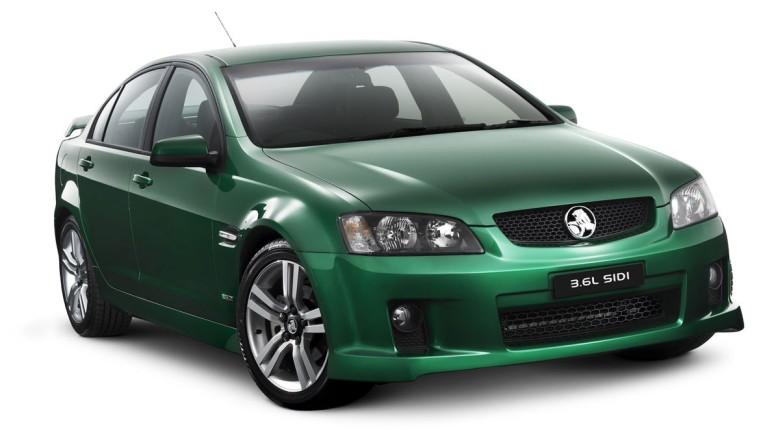 Front Right 2010 Holden Commodore Car Picture