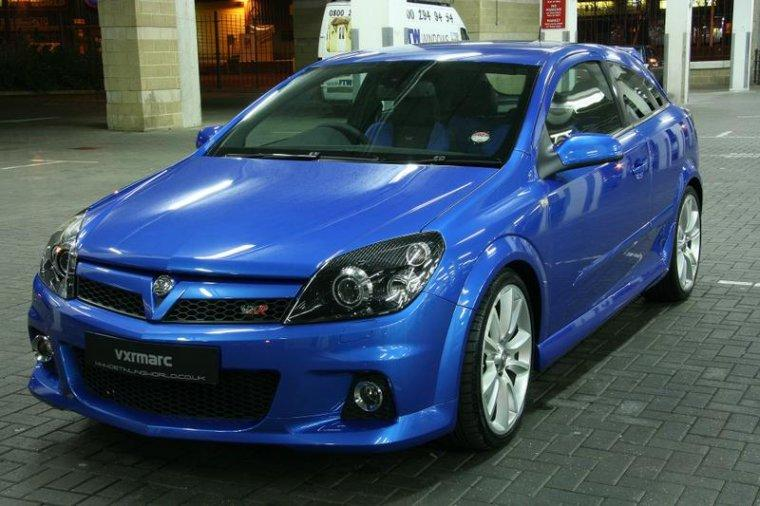 Front left Blue Holden Astra VXR Car Picture