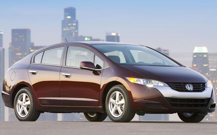 Front Right Maroon 2009 Honda FCX Clarity Car Picture