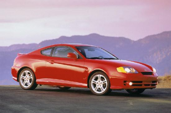Front Right Red 2005 Hyundai Tiburon Car Picture