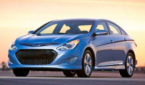 Front Left Blue Hyundai Sonata Hybrid Car Picture