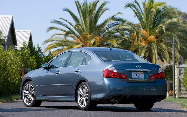 Rear Left 2010 Infiniti M35 Car Picture