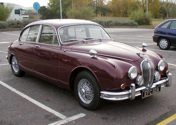 1962 Jaguar 2 Car Picture