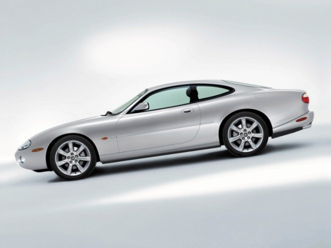 2003 Jaguar XK8 Coupe Car Picture