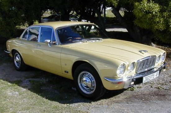 1975 Jaguar XJ6 Car Picture