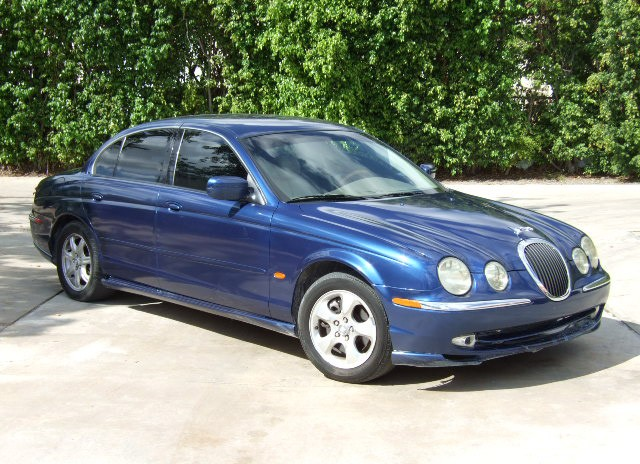 Front Right Blue 2000 Jaguar S-Type Car Picture