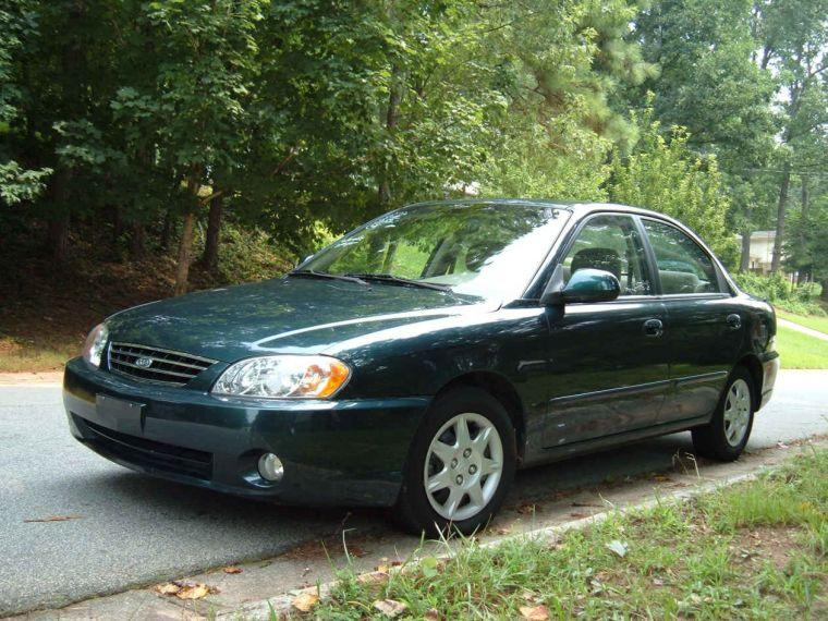 2002 Kia Spectra Car Picture