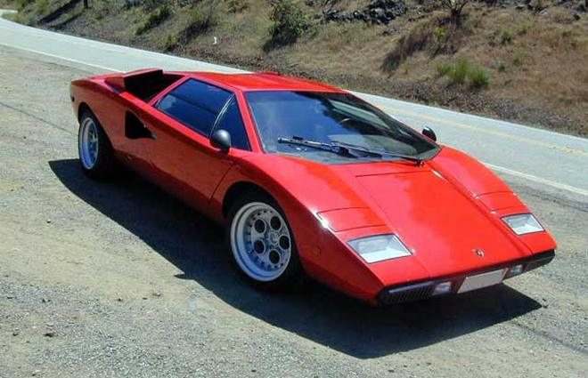 Top View Red 1984 Lamborghini Countach Car Picture
