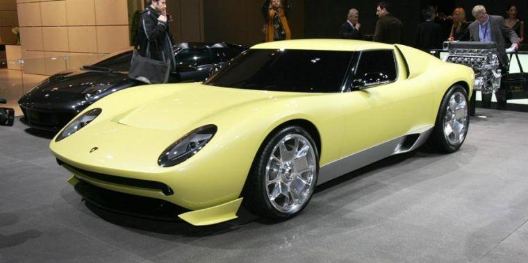 Front left Yellow 2008 Lamborghini Miura Concept Car Picture