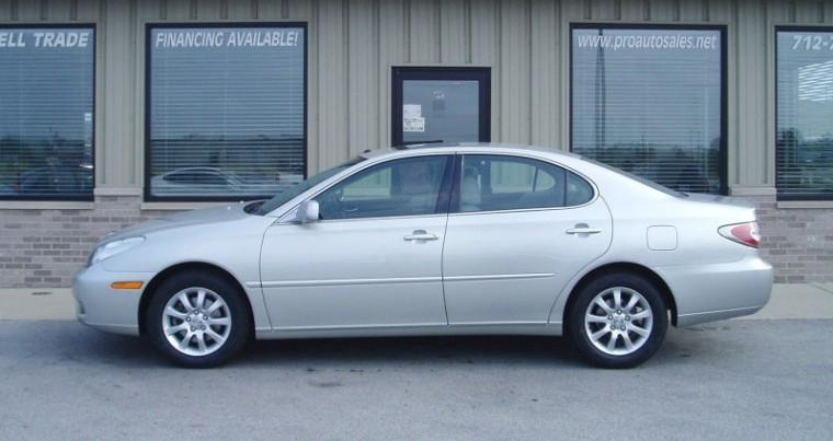 Left Side White 2003 Lexus ES 300 Car Picture