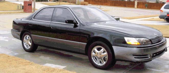 Front Right 1996 Lexus ES300 Car Picture